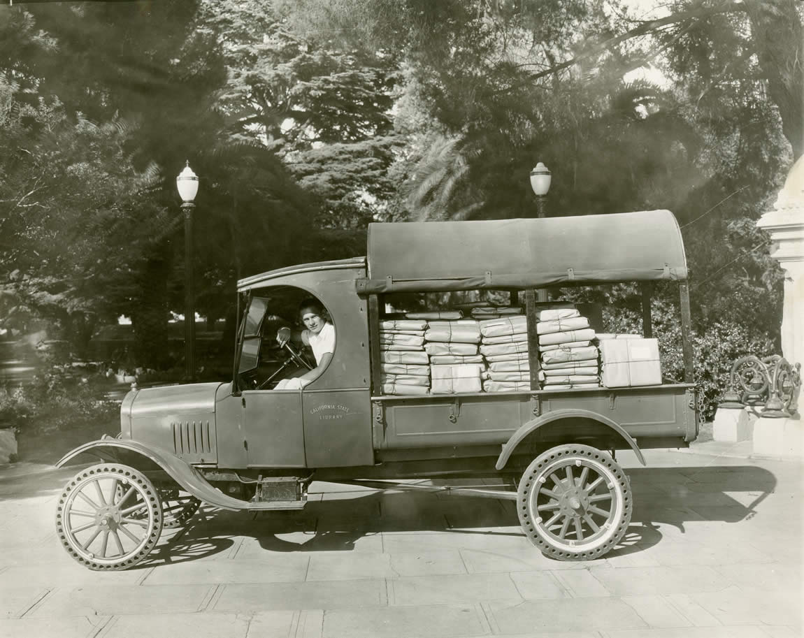Third State Library delivery truck at the State Capitol, 1924