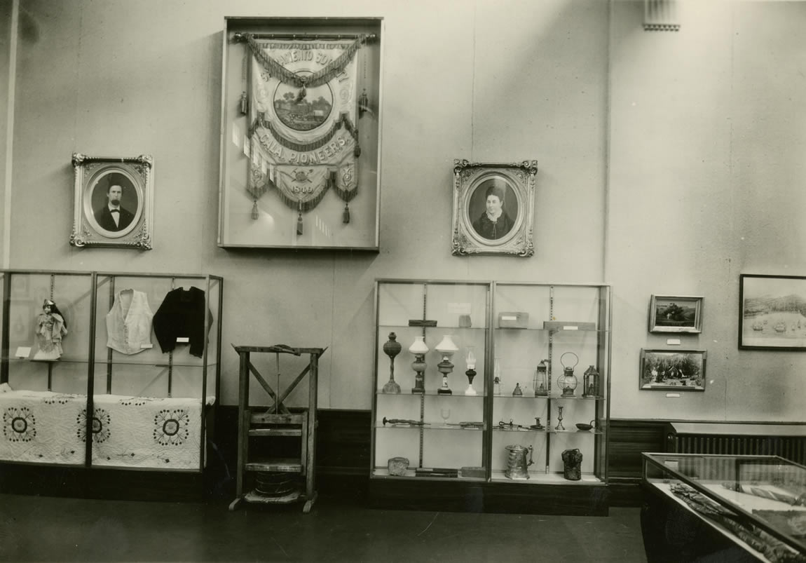 Interior of museum room in the Library and Courts Building, c. 1932