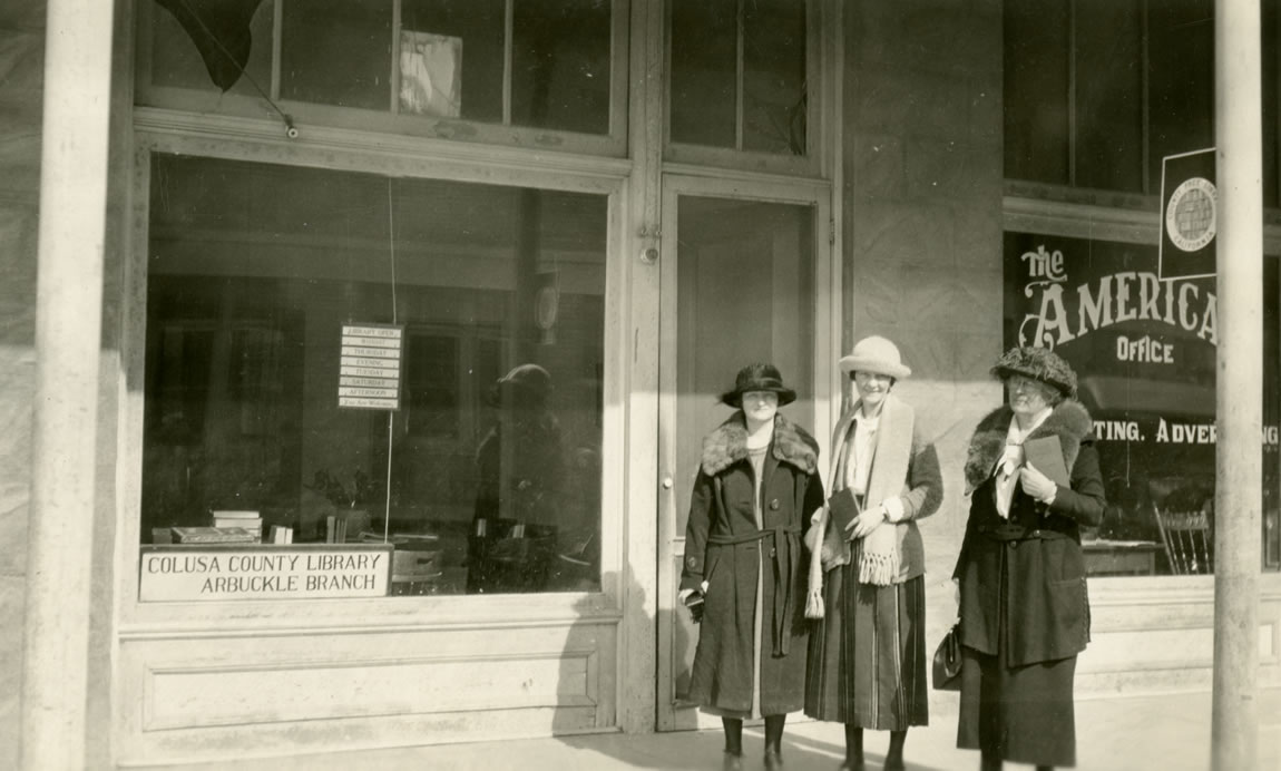 CSL staff standing in front of the Arbunkle Branch of the Colusa County Library, 1923