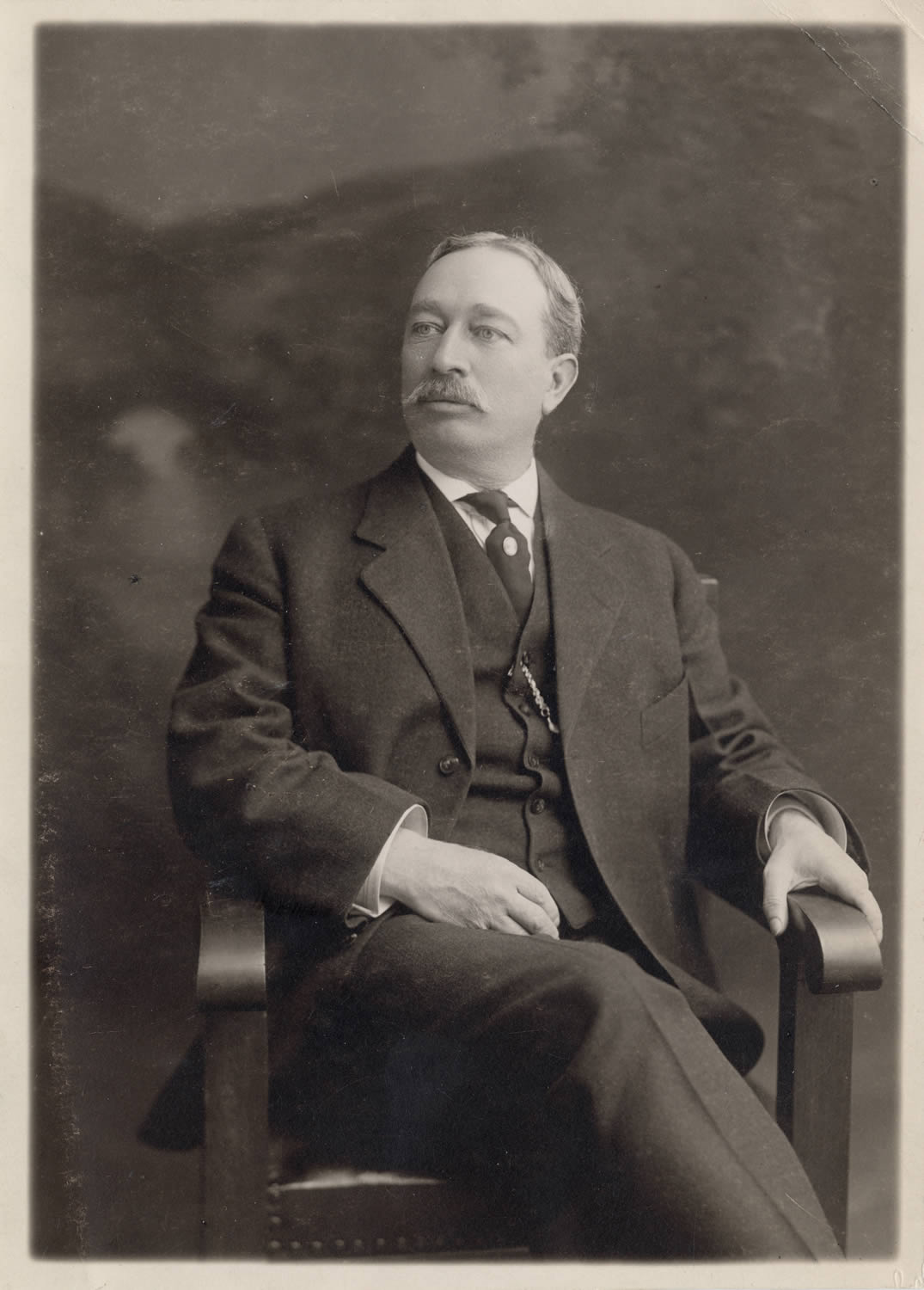 (1899-1917) Photo of James L. Gillis, the fifteenth State Librarian