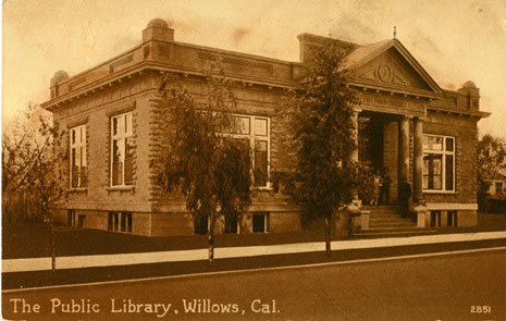Postcard view of the Willows Public Library branch, 1910s