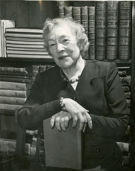 Photograph of Mabel R. Gillis, the seventeenth State Librarian
