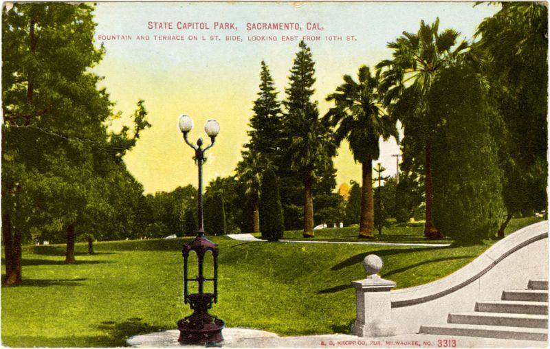 Postcard of Capitol Park 1910-40s